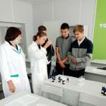 В Центре «Точка роста» школы с.Дмитриевка на уроках стало больше практики
